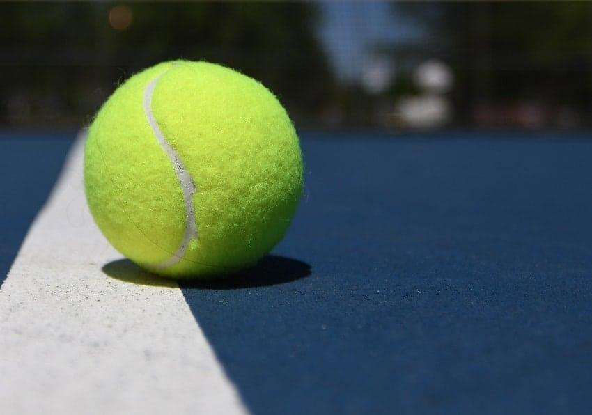 quy định về bóng tennis quần vợt