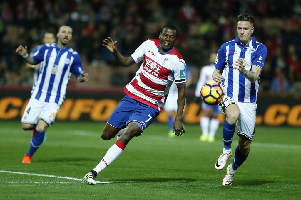 Soi kèo Granada vs Alaves, 23h30 ngày 20/9, La Liga