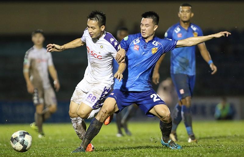 Soi kèo Quảng Nam vs Hà Nội, 17h00 ngày 26/9, V-League