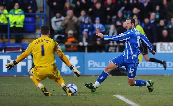 Soi kèo Brighton vs Portsmouth, 01h45 ngày 18/9, Carling Cup