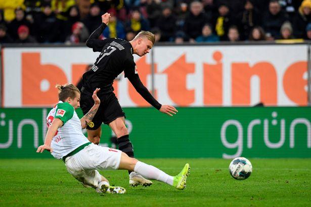 Soi kèo Augsburg vs Dortmund, 20h30 ngày 26/09, Bundesliga