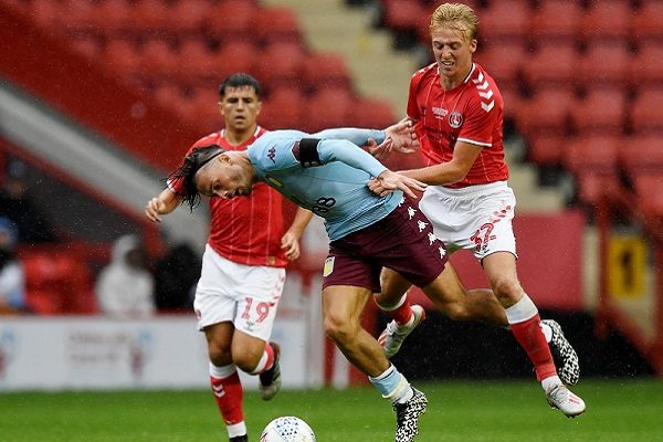 Soi kèo West Ham vs Charlton, 01h30 ngày 16/09, Carling Cup