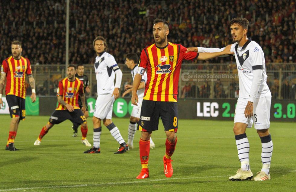 Soi kèo Brescia vs Lecce, 02h00 ngày 17/10, Serie B