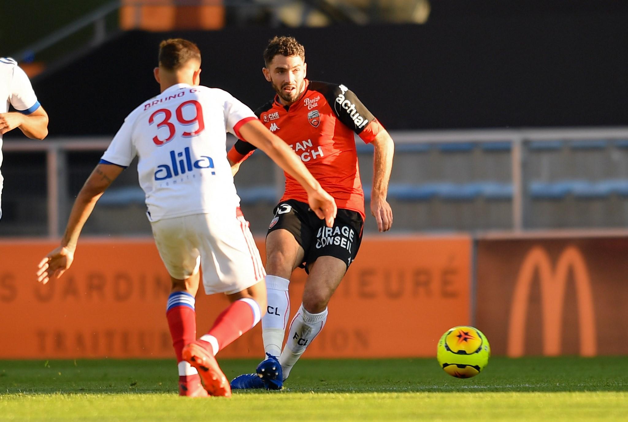 Soi kèo Reims vs Lorient, 22h00 ngày 17/10, Ligue 1