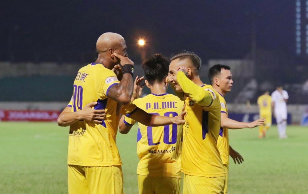 Soi kèo Đà Nẵng vs SLNA, 17h00 ngày 20/10, V League 2020