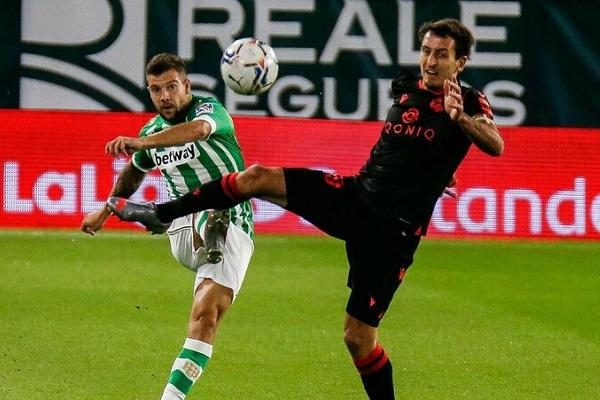 Soi kèo Real Betis vs Elche, 20h00 ngày 01/11, La Liga