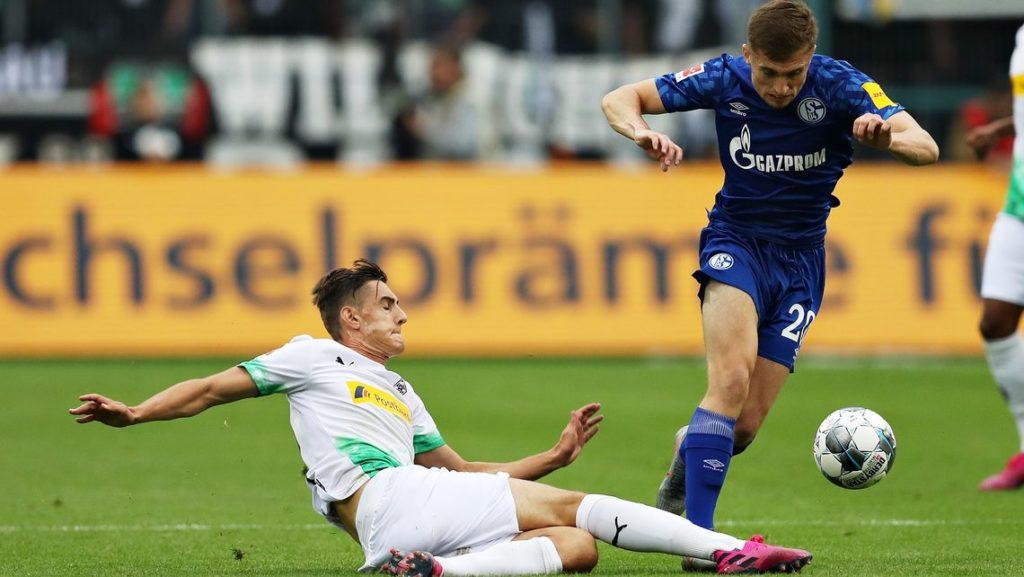 Soi kèo Gladbach vs Schalke, 00h30 ngày 29/11, VĐQG Đức