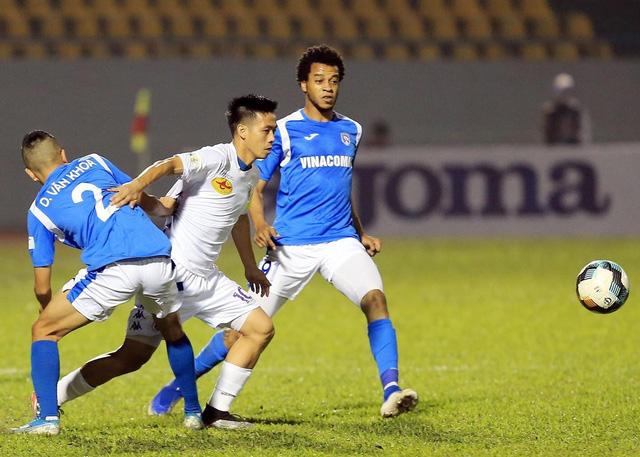 Link xem trực tiếp Than Quảng Ninh vs Hà Nội 19h15 ngày 8/11