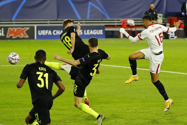 Soi kèo Sevilla vs Osasuna, 00h30 ngày 08/11, La Liga