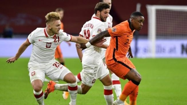 Soi kèo Ba Lan vs Hà Lan, 02h45 ngày 19/11, Nations League