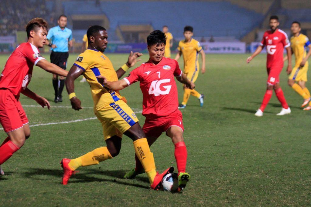 Soi kèo Viettel vs Quảng Ninh, 19h15 ngày 3/11, V League 2020