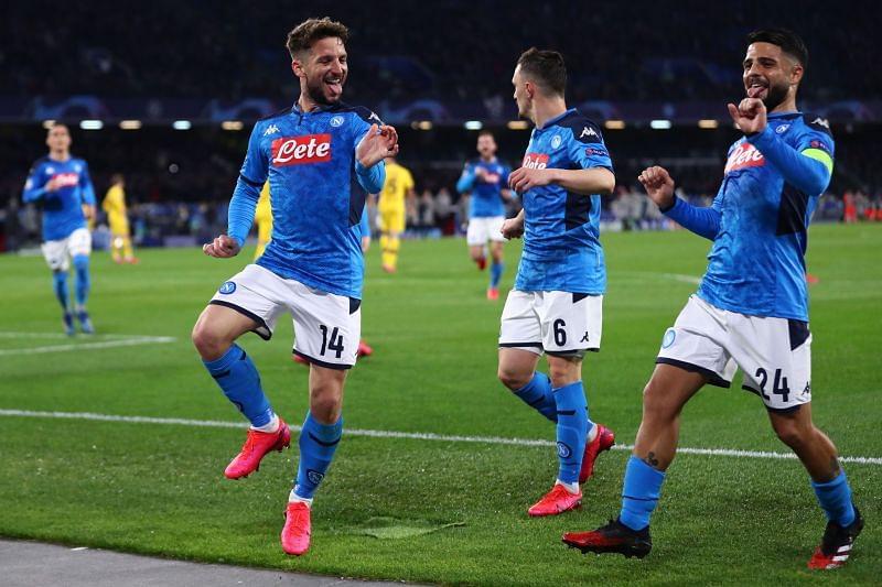 Soi kèo Napoli vs Sociedad, 00h55 ngày 11/12, Cúp C2 châu Âu