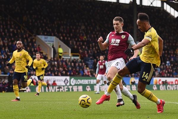 Soi kèo Arsenal vs Burnley, 02h15 ngày 14/12, Ngoại hạng Anh